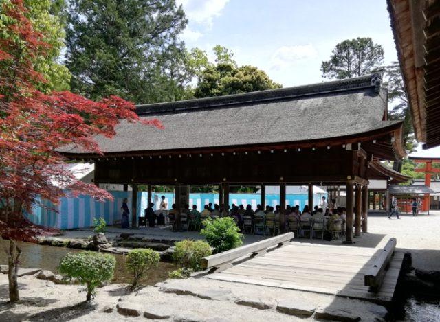 上賀茂神社の献茶祭拝服席